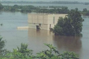 The WaterOne Missouri River Intake during the flood of 1993.